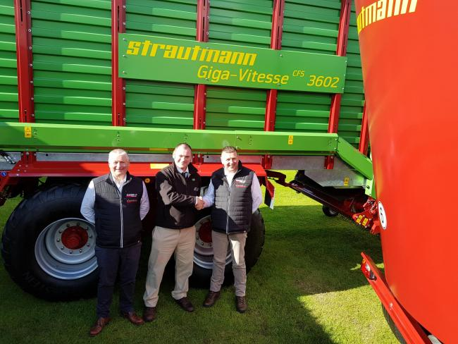 New dealers for Strautmann (left to right) Andy Mitchell, sales manager, RC Dalgliesh; Colin Grigor, Opico territory manager; and Robbie Dalgliesh