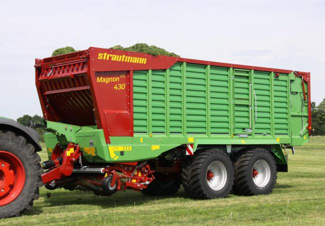 The new flagship of the Strautmann forage wagon range, the Magnon, is smaller but carries more than its predecessor due to more compression within the machine