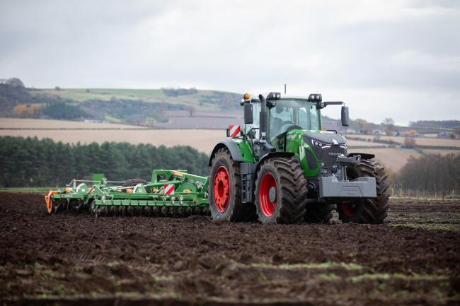 Lawfield Farm, Pitlessie was the venue for Hamilton Ross Group's Amazone Demo day where the new Fendt 942 and Amazone Cenus-2TX trailed disc harrow cultivator combination was seen in action  Ref:EC0611192406...