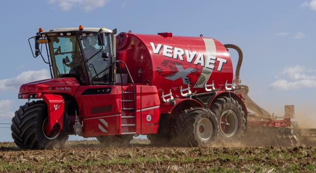 Vervaet's new 5 x 5 trike, with the extending driven mid-axle, helps spread the machine's weight across 4.5m in the field, and moves in for road transport