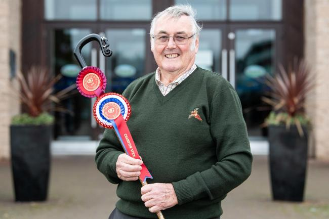 Arthur Dent won the stick championship, with his Buffalo horn handle with the Collie dog detail  Ref:RH231119074  Rob Haining / The Scottish Farmer..