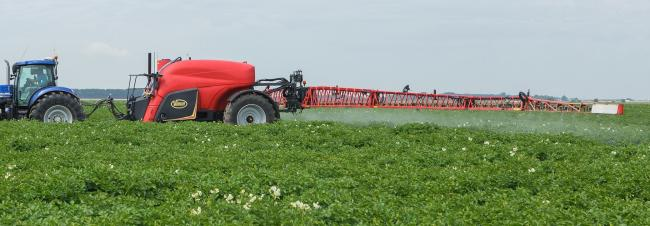 Vicon's largest sprayer in its trailed range is now the iXtrack T6
