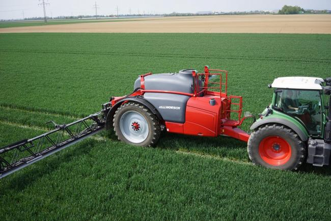 WITH TANK capacities of 4000 and 5000 litres, Horsch's Leeb LT models push the boundaries for the company