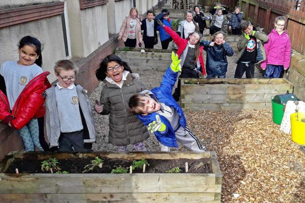 The green-fingered pupils of Sunnyside primary, Alloa (Photo: Butterfly Conservation)